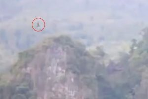 a-dragon-allegedly-seen-flying-over-mountains-in-china-2
